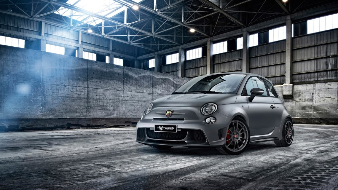 Abarth695Biposto1